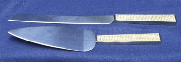03956 Crystals Cake Server Set